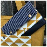 Dekostoff diagonale Streifen Doubleface dunkelblau