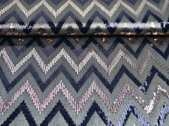 Paillettenstoff Zickzack khaki bronze schwarz