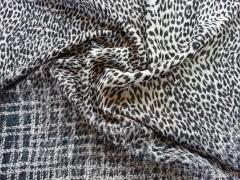 Luftig leichter Chiffon Animalprint - schwarz beige
