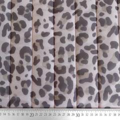 Steppstoff Leoparden Muster gesteppt wattiert Stepper, taupe beige hellrosa