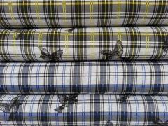 RESTSTÜCK 83 cm angerauter Sweat Schottenkaro & Vögel, grau/gelb