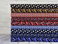 Viskose kleine Rechtecke  italienischer Stil, blau weiß schwarz