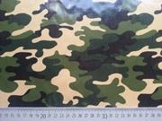 Laminierter Stoff Camouflage Robert Kaufman, grün