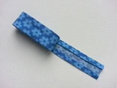 2 m Schrägband Blumen, hellblau jeansblau