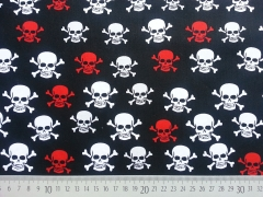 Baumwolle Skulls Totenköpfe, rot/weiß auf schwarz