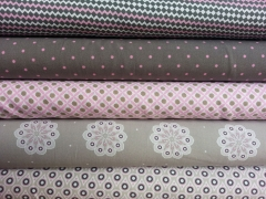 Kleines Zickzack Muster rosa/weiss/taupe