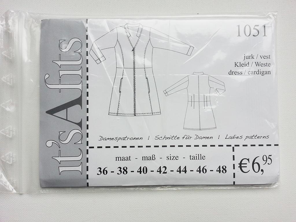 1051 Kleid/Weste Schnittmuster itŽs A fits - Wunderland der Stoffe ...