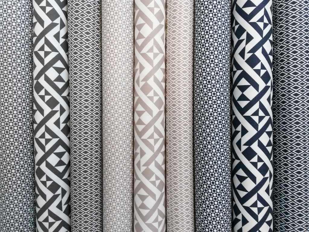 stretchiger bw stoff labyrinth muster beige wunderland der stoffe weidenweg 5 40822. Black Bedroom Furniture Sets. Home Design Ideas