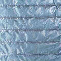 Steppstoff Streifen wattiert glänzend, stahlblau