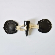 1 Knebelverschluss Dufflecoat Knopf Lederimitat Baumwollkordel, schwarz