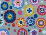 RESTSTÜCK 77 cm Softshell Blumen Meer - bunt auf hellgrau