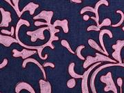 Jeansstoff Stickerei Ranken, rosa auf dunkelblau