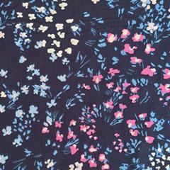 Viskosestoff Blumen, rot weiss dunkelblau