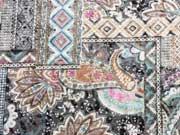 Leichter Jersey Paisley  & Ornamente-grau/bunt