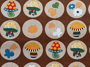 Baumwollstoff bunte Pilze Kreise, braun