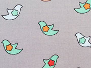 Baumwollstoff Firebirds/Vögel, hellgrau